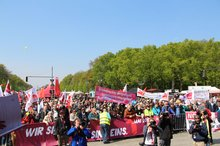 Die Kundgebung 1. Mai 2017 vor dem Brandenburger Tor